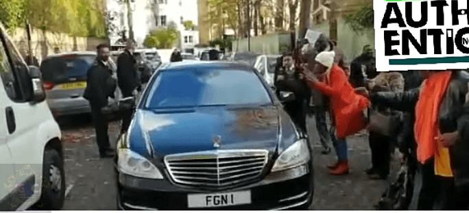 Buhari booed in London