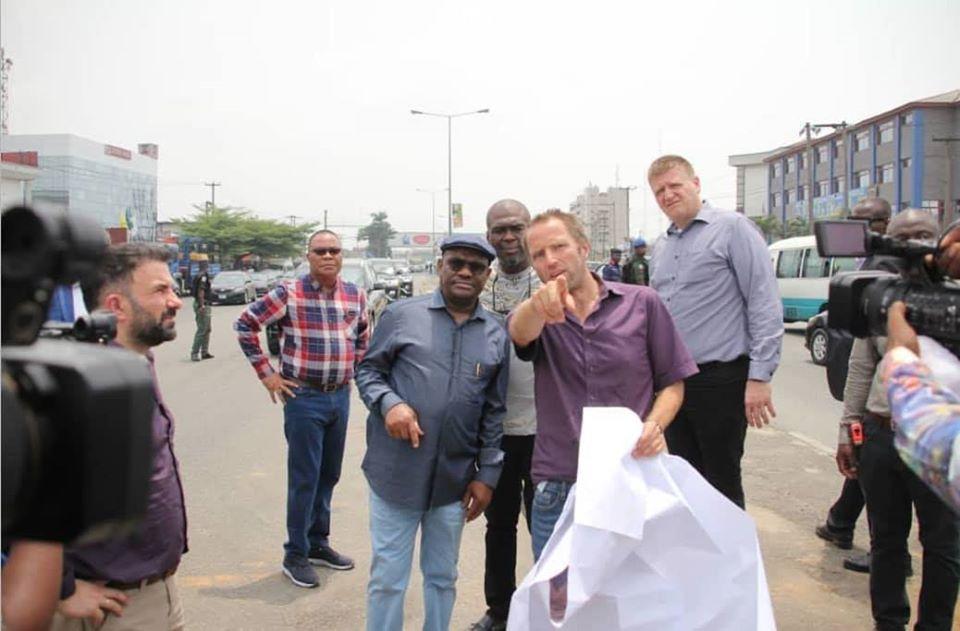 Buhari jets out to Mali