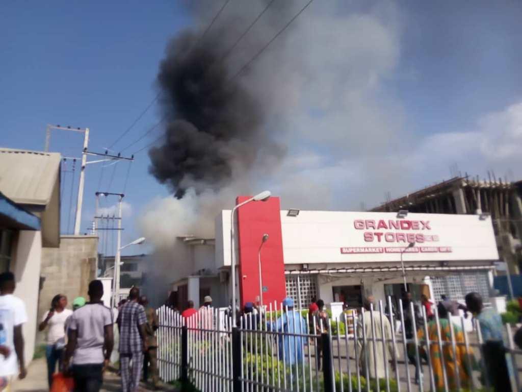 Video: Ajimobi wife's Grandex Supermarket on Fire