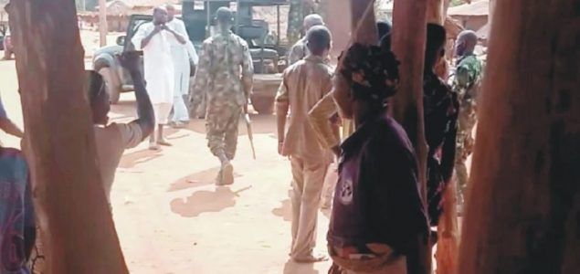 Soldiers escorts herdsmen to Ogun villages, flog residents for rejecting herders