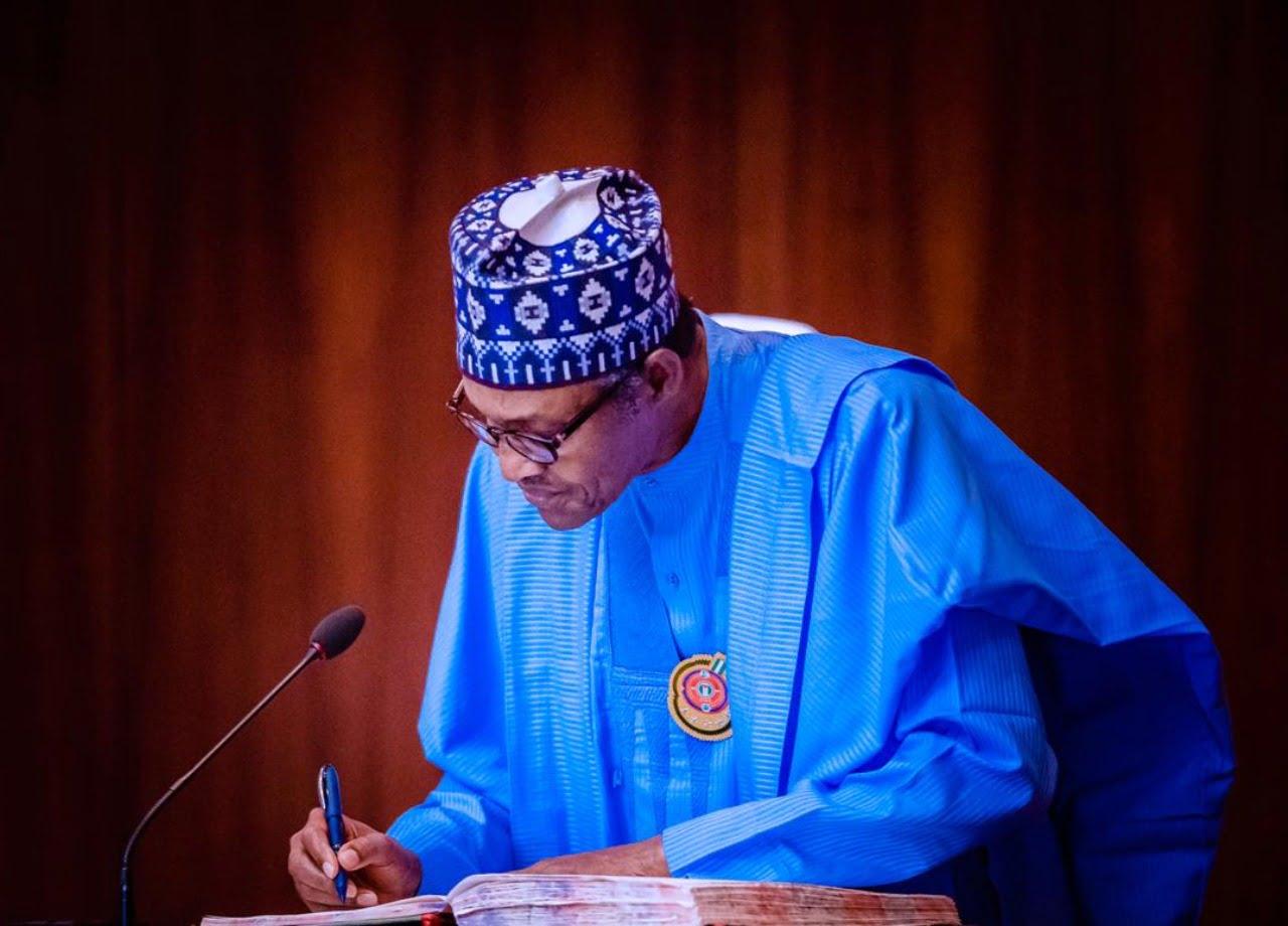 Herdsmen eviction: Flush out criminals in your State – Buhari tells Akeredolu