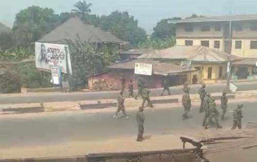 Yoruba women scolds Nnamdi Kanu, backs police chief to arrest Sunday Igboho