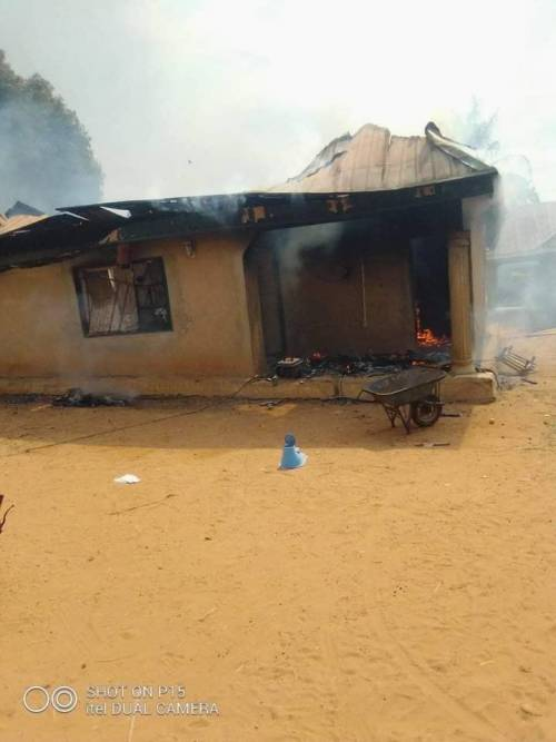 Nigerian Military Invade Benue Community, Kill Over 50 Innocent Villagers, Set Ablaze Monarch Palace, 200 Houses