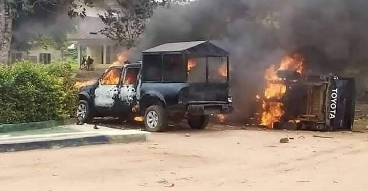 Naked Unknown Gunmen Storms Abia State CID, release Inmates, Kill Personnel