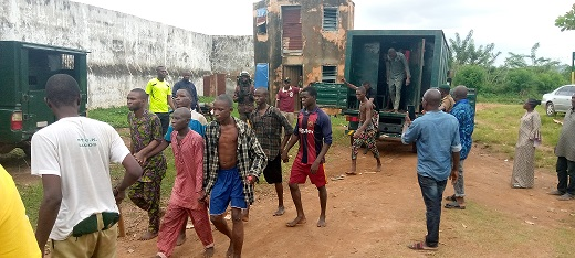 Two dead, two injured as 837 escape from Oyo Correctional facility